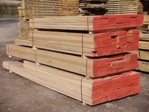 Kiln Dried Oak, Sawn to Size for your requirements in Venables Brothers Yard.
